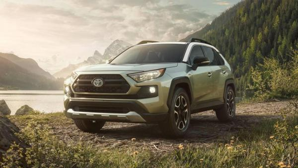 2019-toyota-rav4-side-by-side-7.jpg