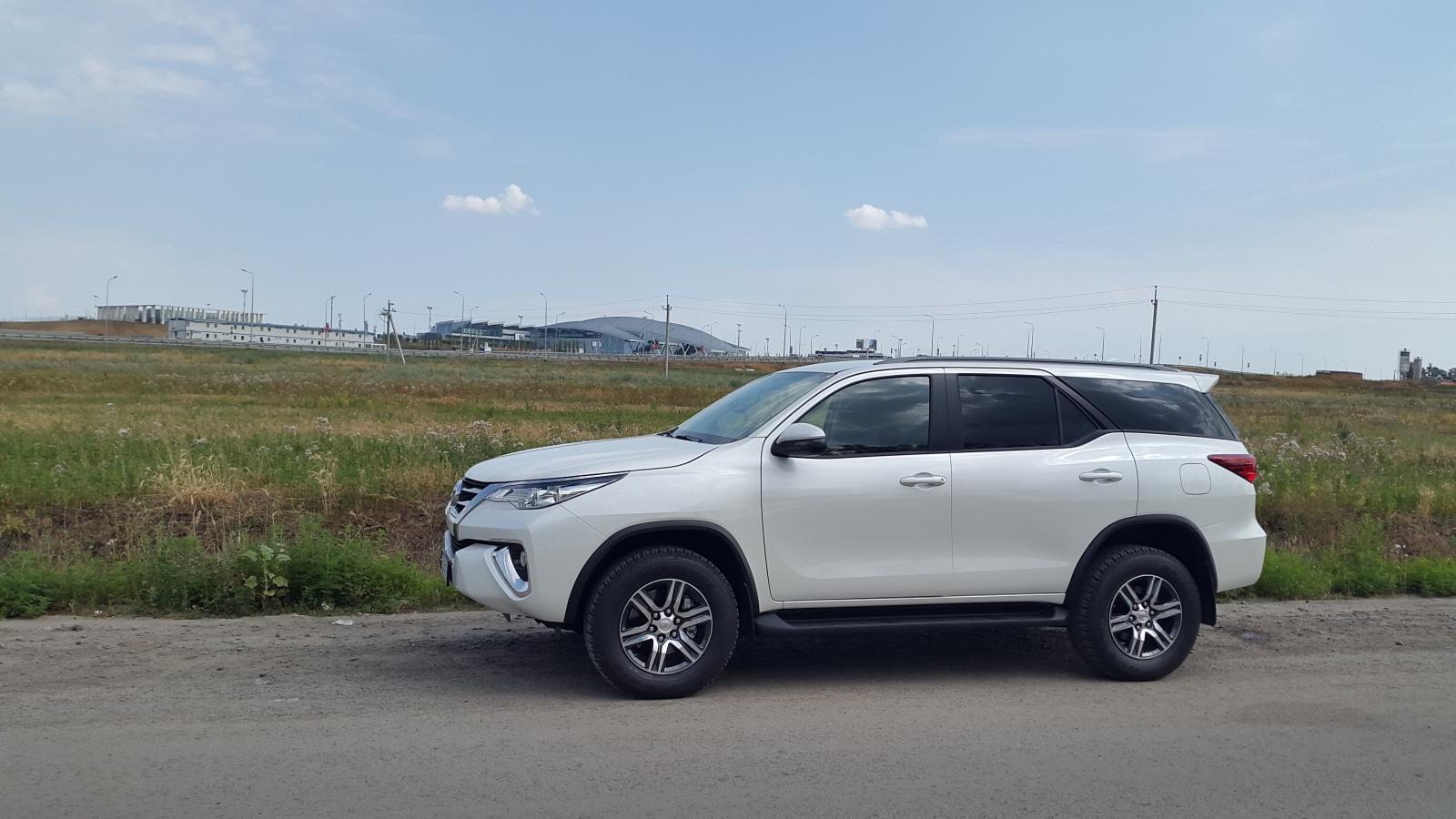 20180714 Toyota Fortuner 2.7 бензин