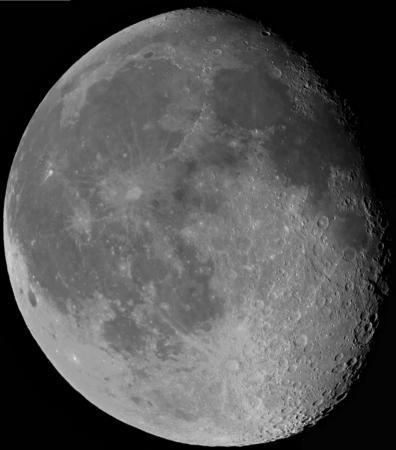 moon.thumb.jpg.344bb83f8668250fd3c42f4f1f6e2b38.jpg