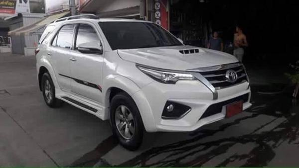 Bodykit-Toyota-Fortuner-to-2016-Toyota-Fortuner-1.jpg