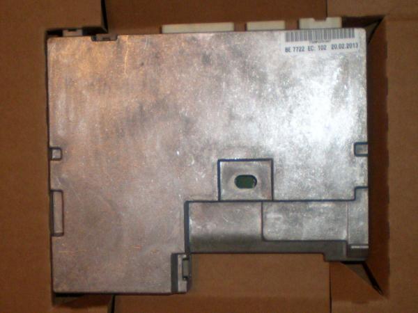 PZ490-00332-C0.JPG